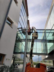 Fenster- und Glasfassadenreinigung bei V.I.P.